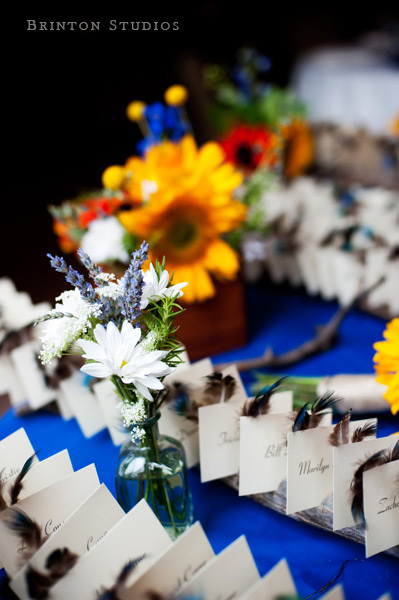 escort cards with feathers_brinton