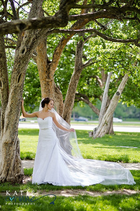 Bridal portrait in the trees