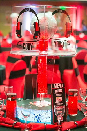 Custom basketball centerpiece from Design Works, Jared Wilson Photography