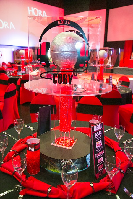 Custom basketball themed centerpiece from Design Works, Jared Wilson Photography