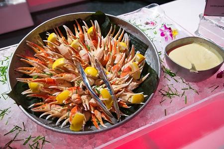 Seafood display from Sushi Sasa, Jared Wilson Photography